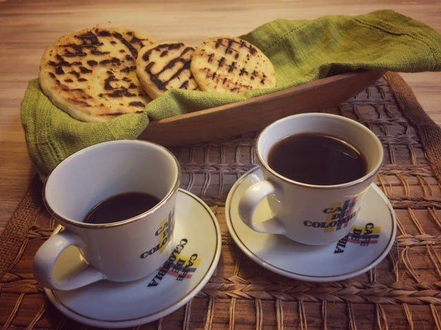 arepas de la gastronomía cafetera