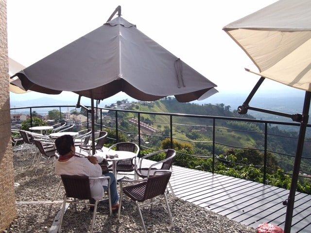 Terraza del Café San Alberto Buenavista - Quindío