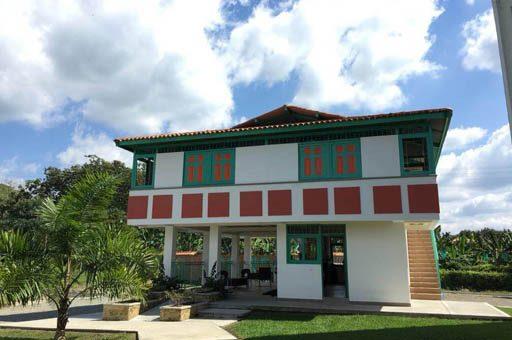 Hotel Campestre cerca del parque del cafe - Paraiso Cafetero
