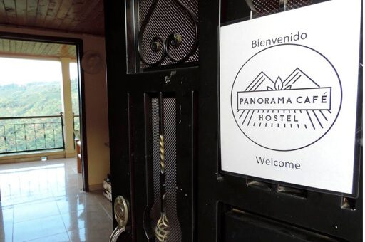 recepción panorama cafe hostel - mejores alojamientos Buenavista Quindío